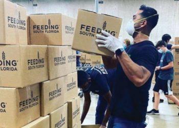 entrega alimentos venezolanos