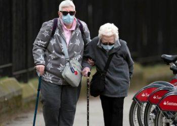 Vacuna oxford ancianos