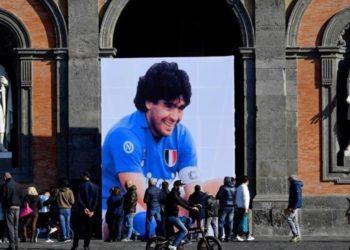 Maradona y despedida