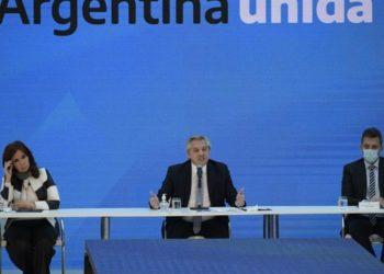 Alberto Fernández y Kirchner