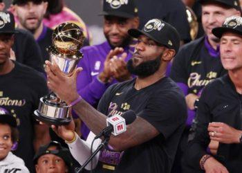 Lakers y Casa Blanca