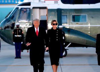 Trump abandona la Casa Blanca
