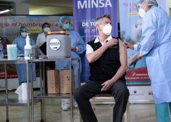 Vacunación en Perú