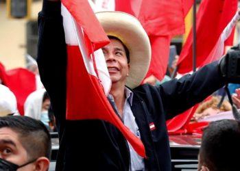 Impugaciones y elecciones en Perú