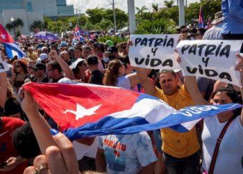 Cuba y dictadura