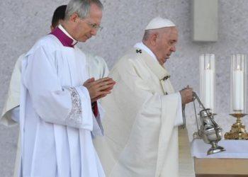 Abusos y sacerdotes franceses